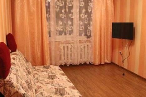 Сдается 2-комнатная квартира посуточно, Советской Конституции улица, д. 11.