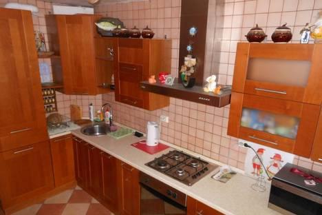 Сдается 2-комнатная квартира посуточно в Смоленске, Нахимова, 27.