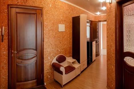 Сдается 2-комнатная квартира посуточно в Чите, Ленина 17.