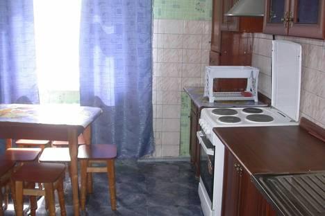 Сдается 2-комнатная квартира посуточно в Туле, Дм.ульянова 7.