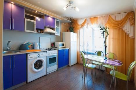 Сдается 2-комнатная квартира посуточно в Волжском, ул. Оломоуцкая, 68.