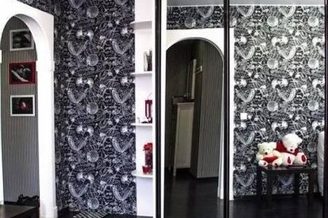 Сдается 1-комнатная квартира посуточнов Тюмени, ул. Максима Горького, 10 к1.