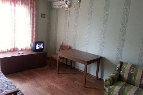 Сдается 1-комнатная квартира посуточнов Новоотрадном, микрорайон 1, д.60, кв 55.