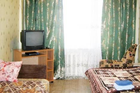 Сдается 1-комнатная квартира посуточно в Тулуне, ул. Жданова, 11.