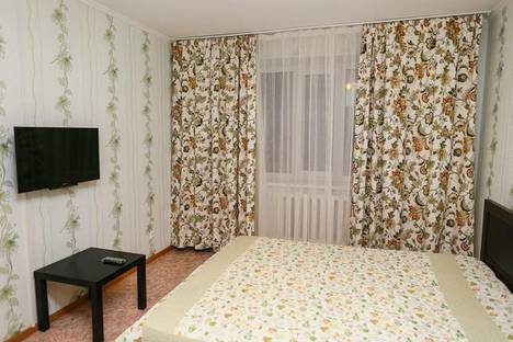 Сдается 2-комнатная квартира посуточно в Самаре, Дыбенко, 36.