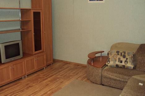 Сдается 1-комнатная квартира посуточнов Екатеринбурге, Белореченская улица, 32.
