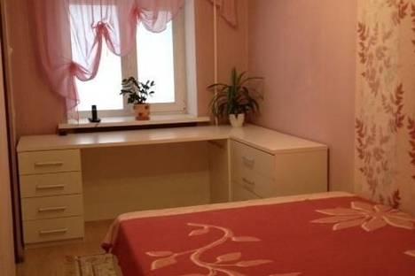 Сдается 1-комнатная квартира посуточнов Екатеринбурге, ул. Шаумяна, 100.