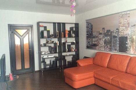 Сдается 1-комнатная квартира посуточнов Екатеринбурге, ул. Начдива Васильева, 20.