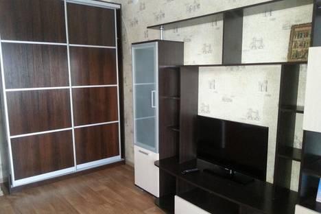 Сдается 2-комнатная квартира посуточно в Котласе, ул. 70 лет Октября, 30.