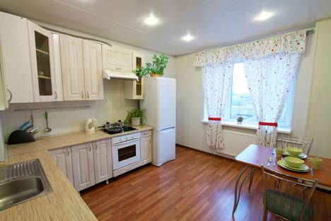 Сдается 2-комнатная квартира посуточно в Санкт-Петербурге, ул. Ленсовета, д. 43, корп. 3.
