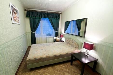 Сдается 2-комнатная квартира посуточнов Санкт-Петербурге, Московский проспект, д. 220.