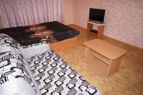 Сдается 2-комнатная квартира посуточно, ул. Парижской Коммуны,48.