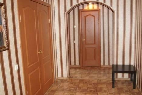 Сдается 3-комнатная квартира посуточно в Ульяновске, Рябикова улица, д. 70, корп. 2.