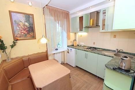 Сдается 1-комнатная квартира посуточно в Феодосии, улица Федько 28.