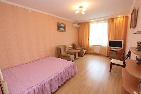 Сдается 1-комнатная квартира посуточно в Феодосии, улица Вересаева 12.