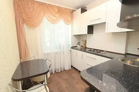 Сдается 1-комнатная квартира посуточно в Феодосии, улица Галерейная 15.