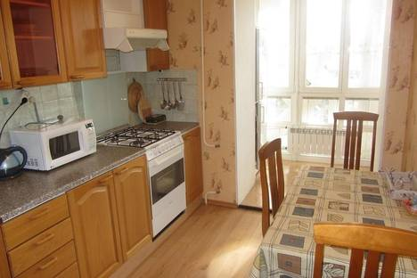 Сдается 2-комнатная квартира посуточнов Уфе, ул. Чернышевского д. 127.