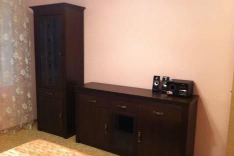 Сдается 2-комнатная квартира посуточнов Тюмени, Широтная 190.