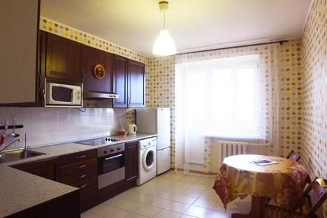 Сдается 2-комнатная квартира посуточно в Чите, Славянская 13.