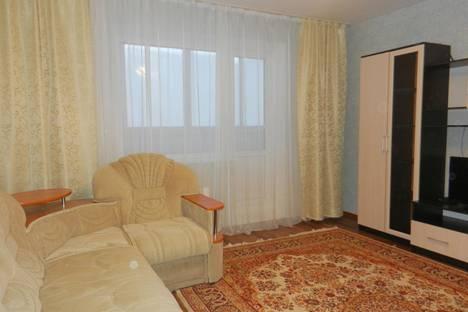 Сдается 1-комнатная квартира посуточно в Тобольске, 4 МИКРОРАЙОН, ДОМ 43.