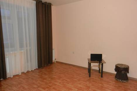 Сдается 1-комнатная квартира посуточно в Тобольске, УЛ. РОЗЫ ЛЮКСЕМБУРГ 6/3.