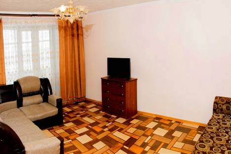 Сдается 2-комнатная квартира посуточно в Тобольске, пер. РОЩИНСКИЙ, ДОМ 62.