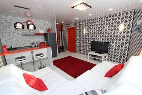 Сдается 2-комнатная квартира посуточно в Красноярске, Алексеева 17.