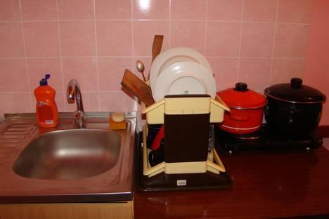 Сдается 2-комнатная квартира посуточнов Горно-Алтайске, ул. Промышленная, 3/1, корпус 4.