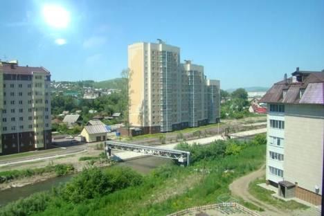 Сдается 1-комнатная квартира посуточно в Горно-Алтайске, ул. Алтайская, 3/1, корпус 1.