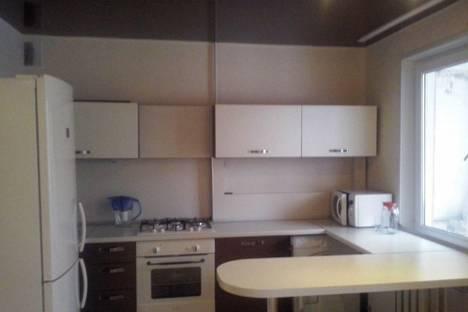 Сдается 3-комнатная квартира посуточнов Нижнекамске, проспект Нефтяников. 11.