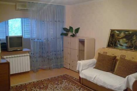 Сдается 1-комнатная квартира посуточнов Небуге, ул. Клары Цеткин 1.