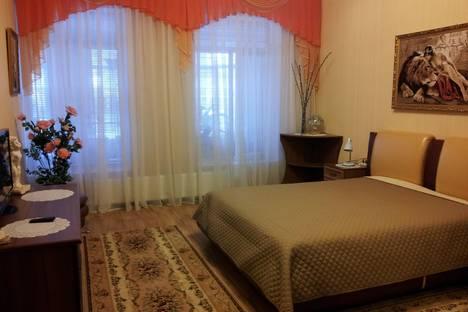 Сдается 3-комнатная квартира посуточно в Керчи, Айвазовского 25.