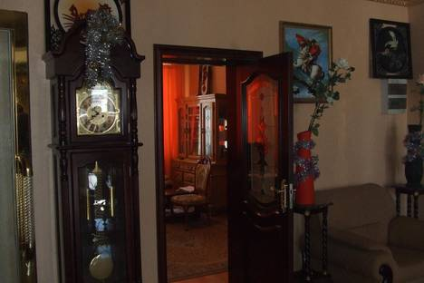Сдается 1-комнатная квартира посуточнов Магадане, пер.Камчатский, 3а.
