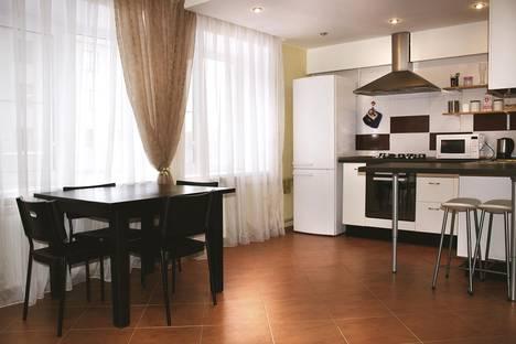 Сдается 2-комнатная квартира посуточнов Нижнем Новгороде, Ошарская,21.