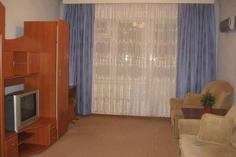Сдается 1-комнатная квартира посуточнов Екатеринбурге, Крауля, 4.