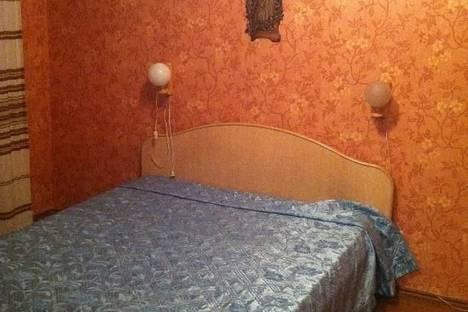 Сдается 1-комнатная квартира посуточнов Екатеринбурге, ул. Московская, 49.