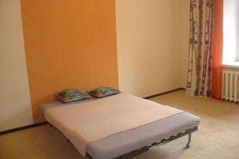 Сдается 1-комнатная квартира посуточнов Екатеринбурге, ул. Академика Бардина, 1.