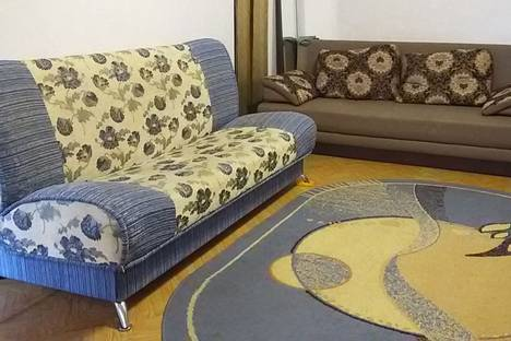 Сдается 2-комнатная квартира посуточнов Орске, пр.Ленина 1.