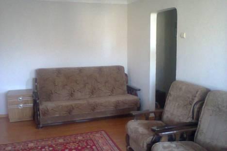 Сдается 2-комнатная квартира посуточно в Ставрополе, Краевая больница, ул.Семашко, 16.
