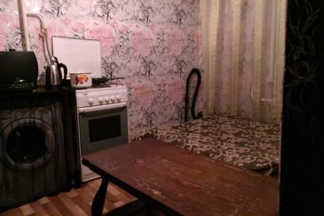 Сдается 1-комнатная квартира посуточно в Нижнекамске, Химиков, 22.