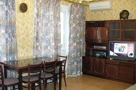 Сдается 2-комнатная квартира посуточнов Сочи, ул. Навагинская, , 12.