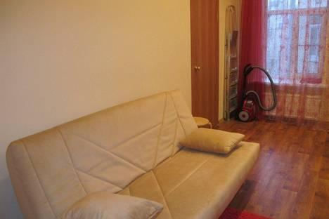 Сдается 1-комнатная квартира посуточнов Нижнем Тагиле, ул Ермака 25.