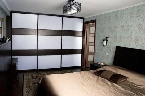 Сдается 1-комнатная квартира посуточно в Волжском, бульвар Профсоюзов, 2.