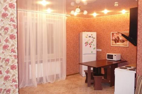 Сдается 3-комнатная квартира посуточнов Тюмени, ул Депутатская 110.