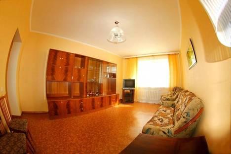 Сдается 2-комнатная квартира посуточно в Чите, Ленинградская 24.