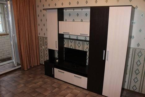 Сдается 3-комнатная квартира посуточно в Нижнем Тагиле, Уральский проспект 38.