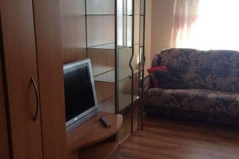 Сдается 2-комнатная квартира посуточно в Нижнем Тагиле, Горошникова 84.