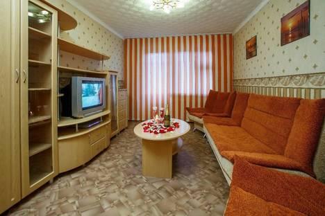 Сдается 3-комнатная квартира посуточно в Йошкар-Оле, ул. Пролетарская, 44.