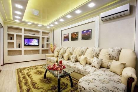 Сдается 2-комнатная квартира посуточно в Йошкар-Оле, ул. Петрова, 20.