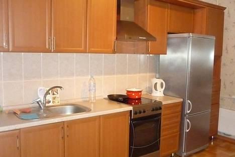 Сдается 1-комнатная квартира посуточнов Старом Осколе, микрорайон Степной 5.